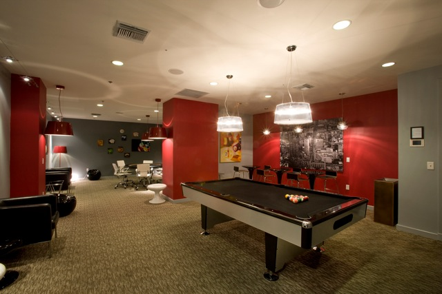 The_Entertainment_Room_at_Panorama_Towers_Photo_4 (1)